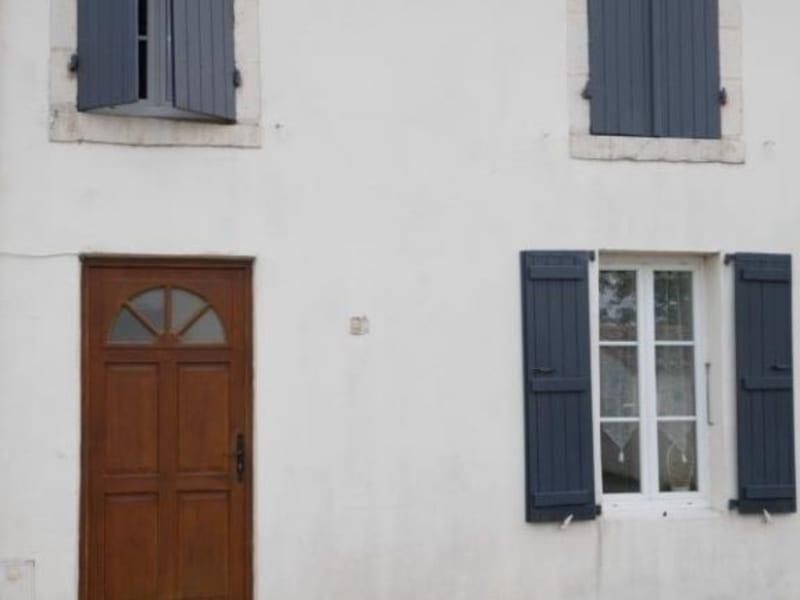 Sale house / villa St sauveur d aunis 149000€ - Picture 1