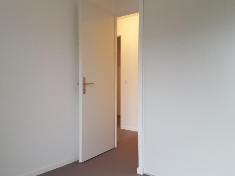 Rental apartment Mantes la jolie 897,82€ CC - Picture 3