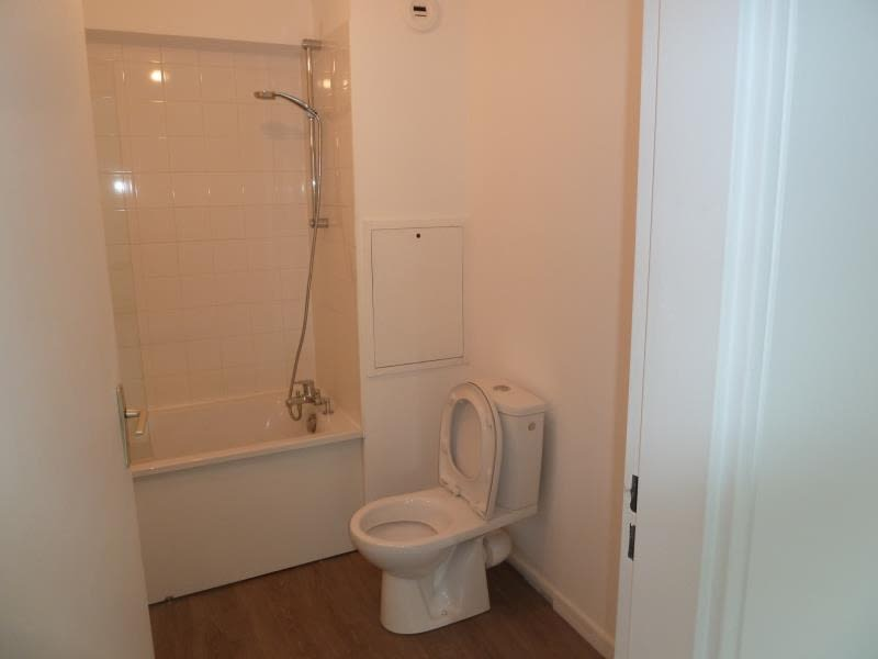 Location appartement Cergy 768,60€ CC - Photo 9