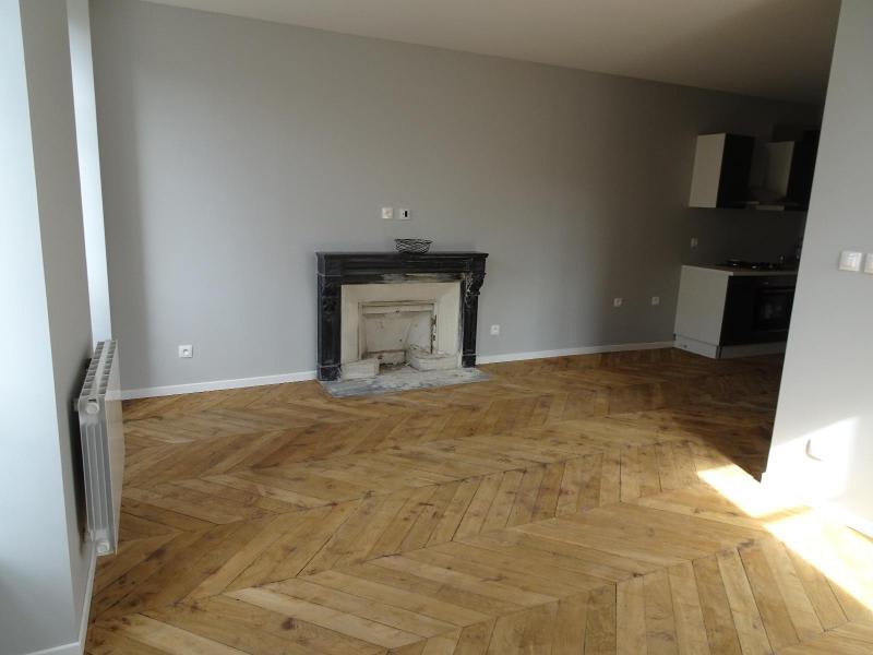 Location appartement Villefranche sur saone 530€ CC - Photo 3