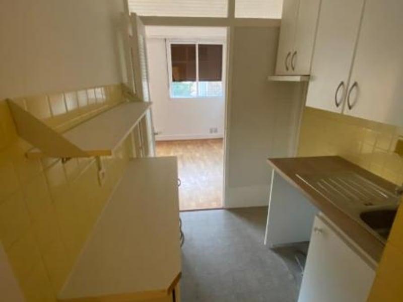 Location appartement Paris 16ème 1000€ CC - Photo 9