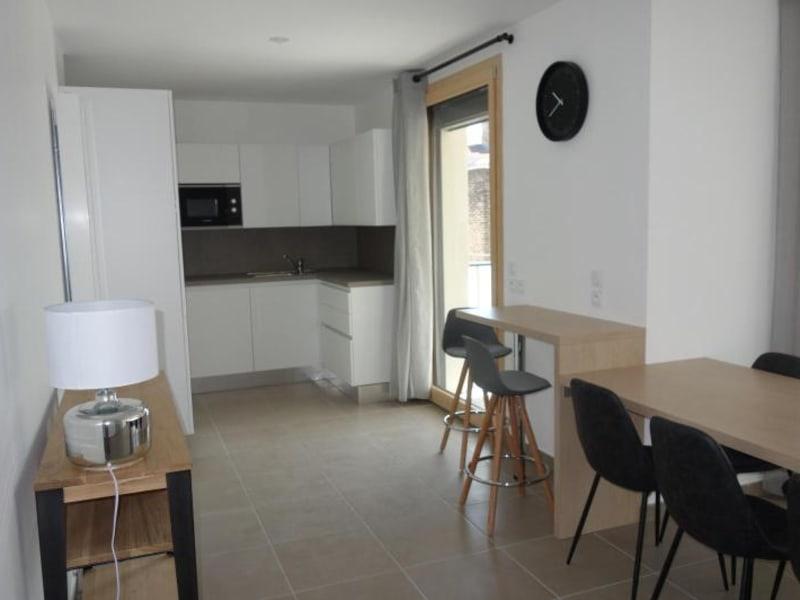 Rental apartment Lyon 6ème 2231€ CC - Picture 2