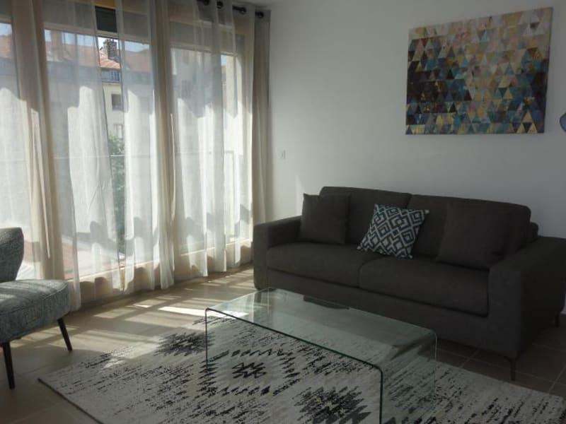 Rental apartment Lyon 6ème 2048€ CC - Picture 2