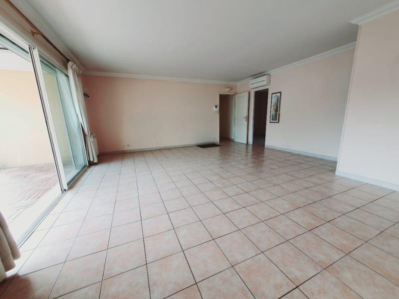 Vente appartement Hyeres 378000€ - Photo 4