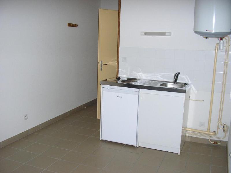 Location appartement Nantua 255€ CC - Photo 2