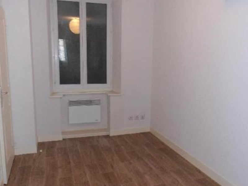 Rental apartment Nantua 411€ CC - Picture 2