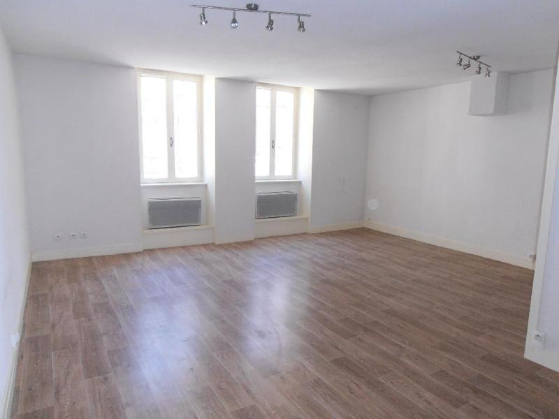 Rental apartment Nantua 411€ CC - Picture 3