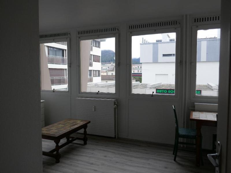 Rental apartment Oyonnax 363€ CC - Picture 3