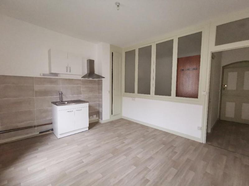 Rental apartment Nantua 260€ CC - Picture 2