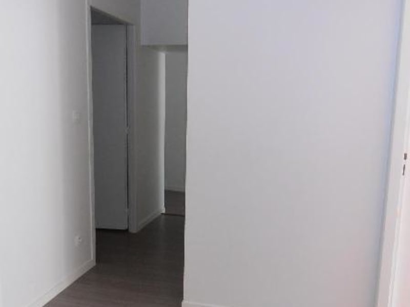 Rental apartment Nantua 510€ CC - Picture 2