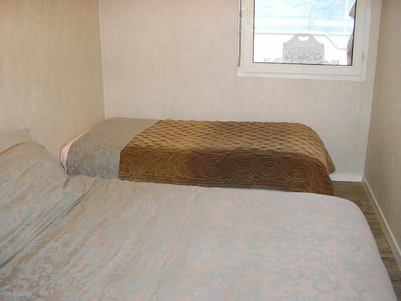 Location appartement Montreal la cluse 546€ CC - Photo 3