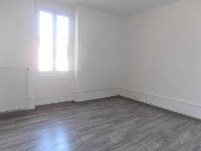 Location appartement Nantua 529€ CC - Photo 1