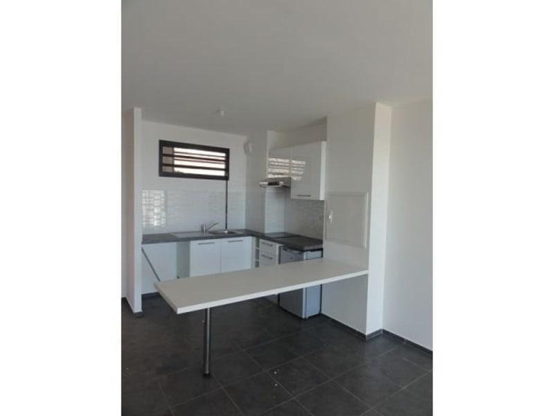Location appartement St denis 597€ CC - Photo 3