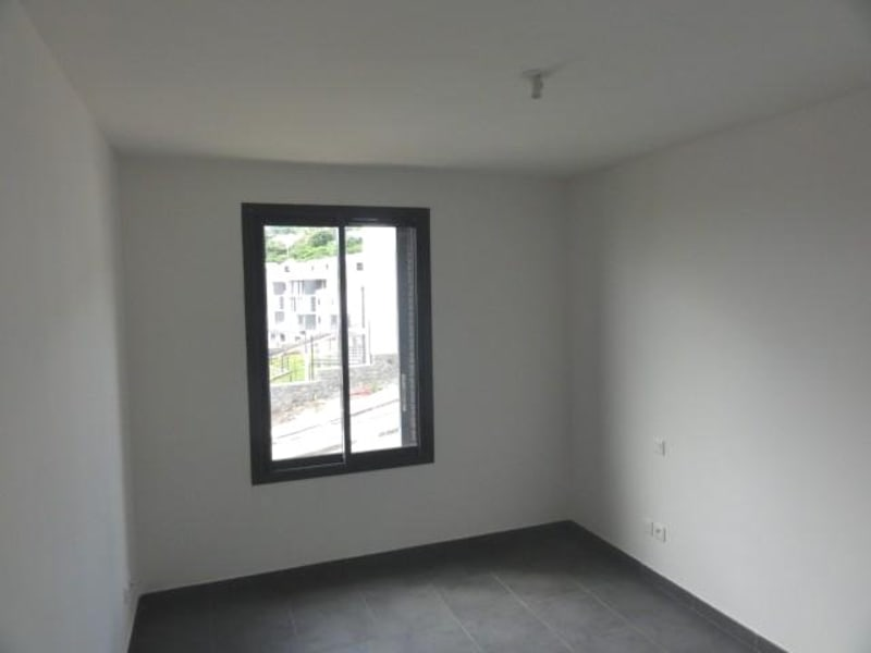 Location appartement St denis 740€ CC - Photo 6
