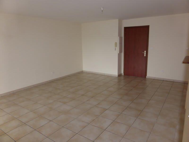 Location appartement Ste clotilde 765€ CC - Photo 11