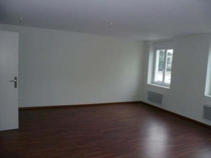 Rental apartment Isbergues 476€ CC - Picture 2