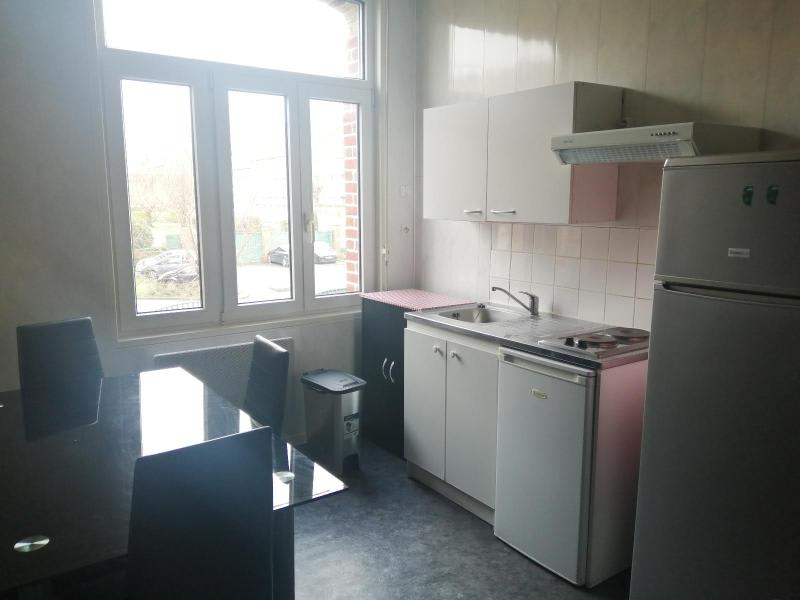 Location appartement Saint-omer 377€ CC - Photo 2