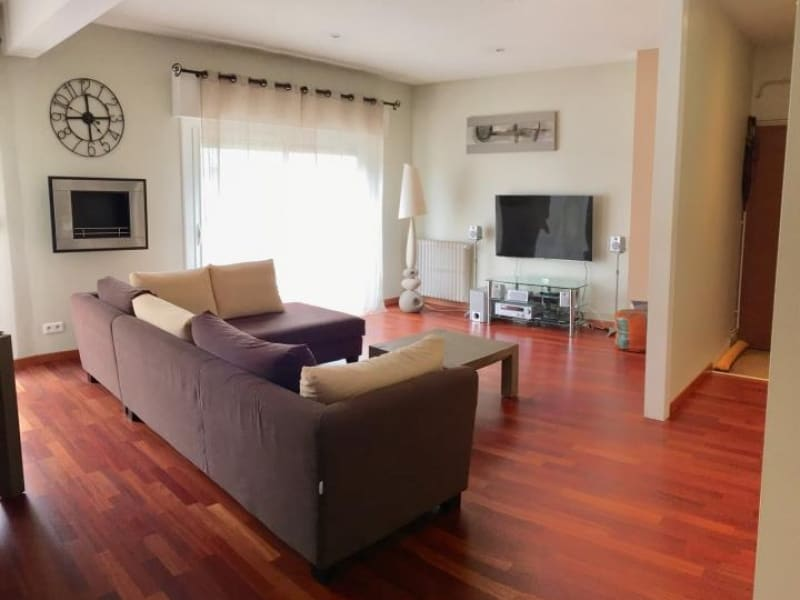 Rental apartment Cauderan 1 294€ CC - Picture 3