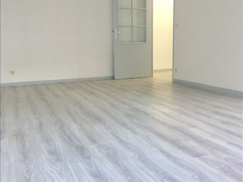 Rental apartment Colombes 880€ CC - Picture 1