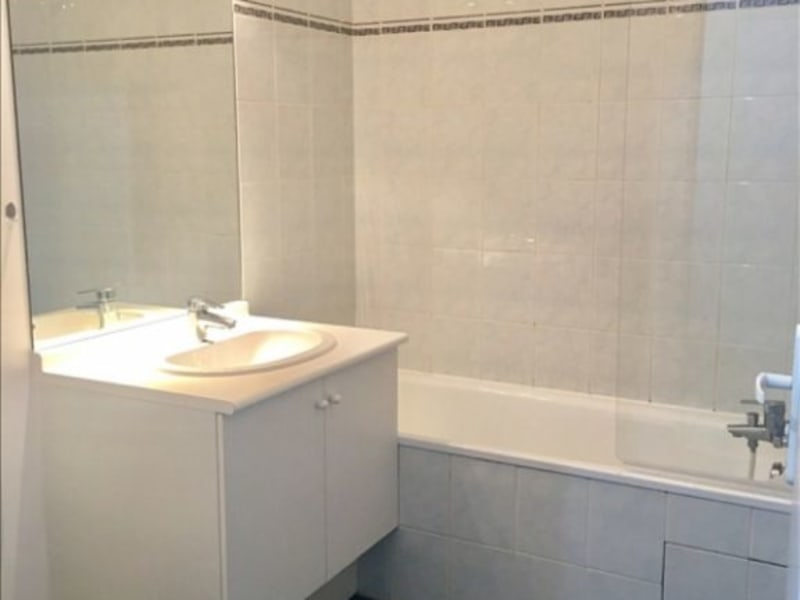 Rental apartment Colombes 880€ CC - Picture 3