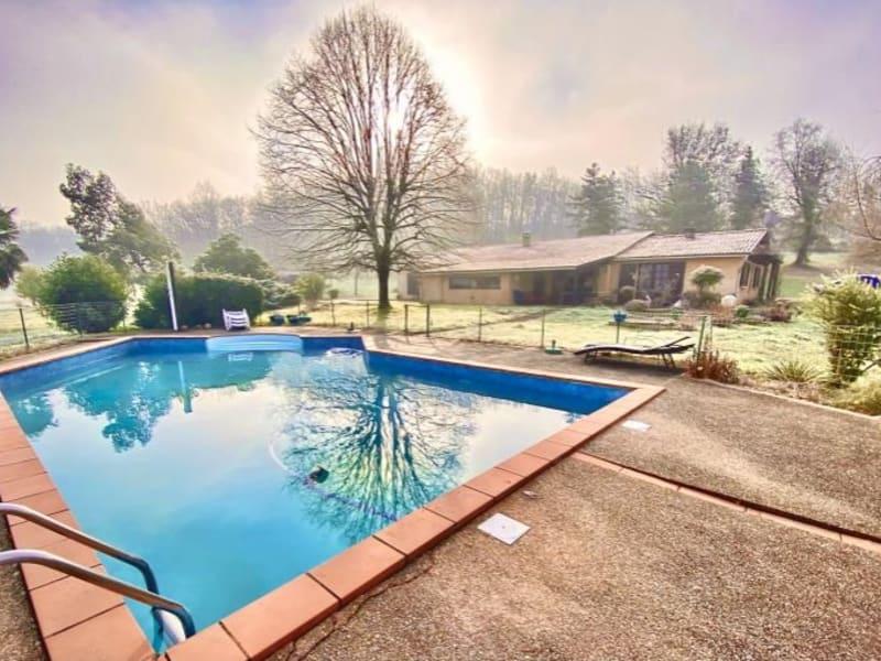 Sale house / villa Leojac 370000€ - Picture 1