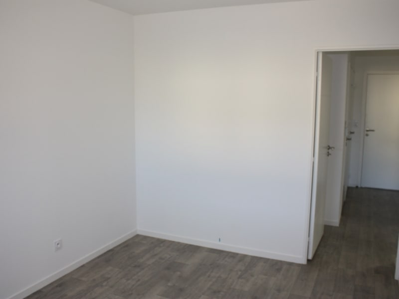 Location appartement Chartres de bretagne 725€ CC - Photo 4