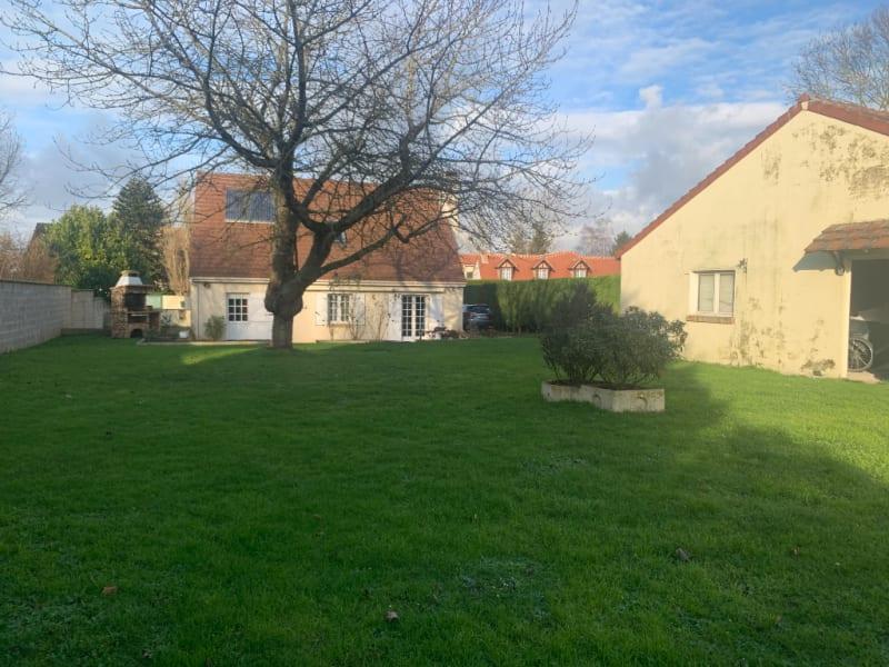 Sale house / villa Tourny 242200€ - Picture 2
