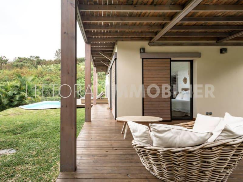 Sale house / villa Les avirons 399000€ - Picture 2