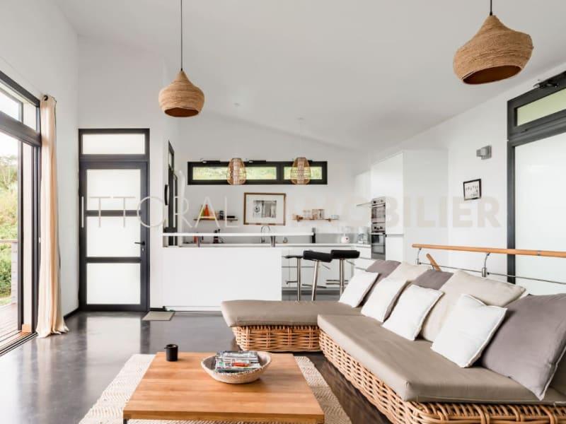 Sale house / villa Les avirons 399000€ - Picture 3