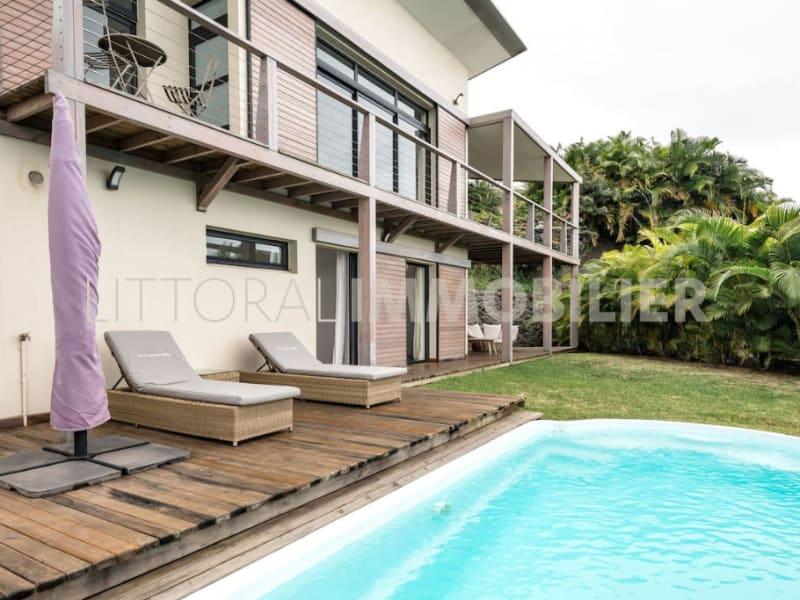 Sale house / villa Les avirons 399000€ - Picture 4