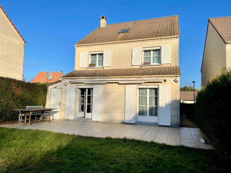 Sale house / villa Osny 469000€ - Picture 1