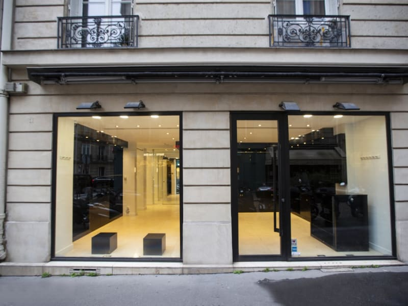 Location bureau Paris 16ème 4 100€ CC - Photo 1