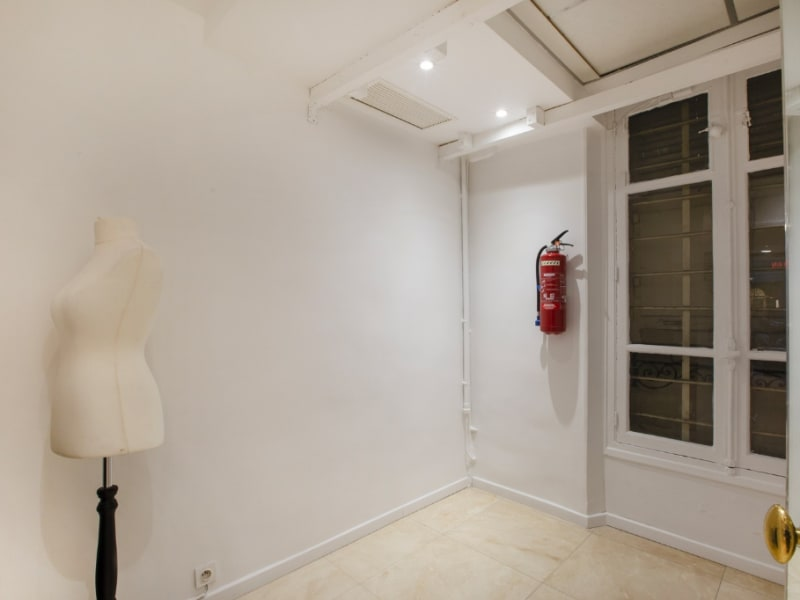 Location bureau Paris 16ème 4 100€ CC - Photo 6