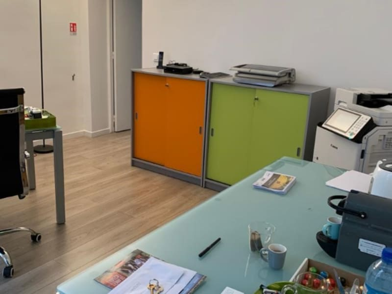 Location bureau Paris 9ème 1 267€ CC - Photo 3