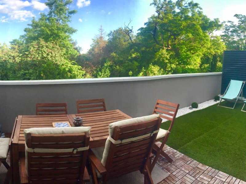 Rental apartment Corbas 930€ CC - Picture 3
