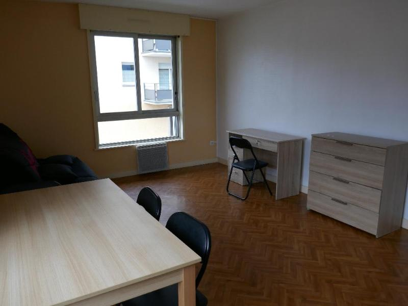 Rental apartment Montreal la cluse 344€ CC - Picture 3