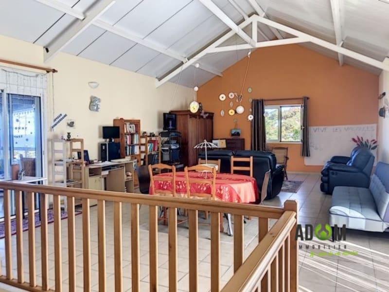 Revenda casa Saint-joseph 372500€ - Fotografia 7