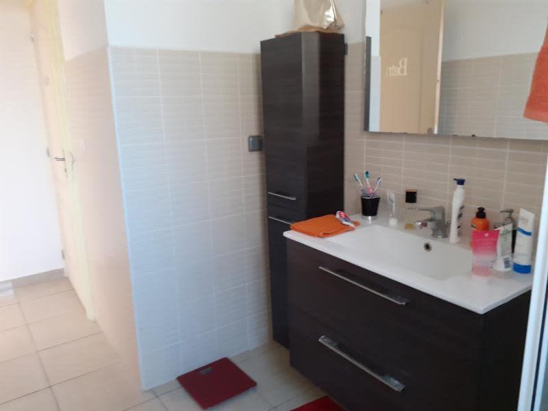 Sale house / villa Le port 230000€ - Picture 7