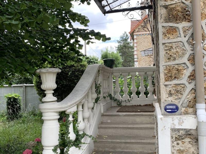 Sale house / villa Villemomble 580000€ - Picture 4