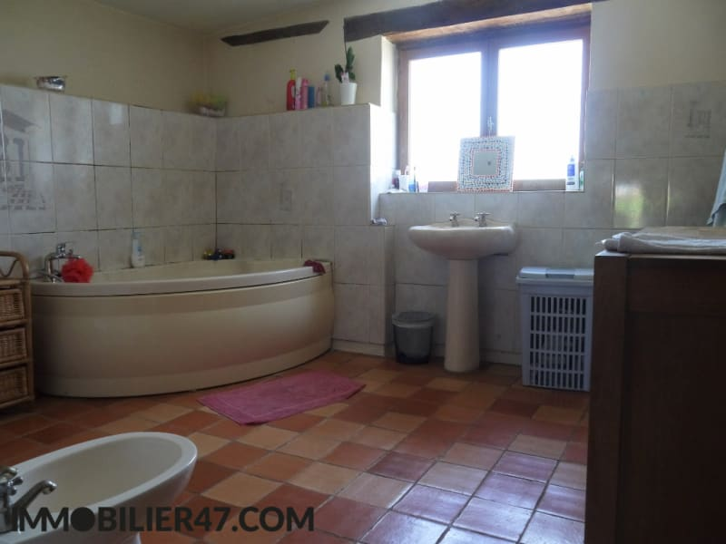Sale house / villa Monclar 191 000€ - Picture 10