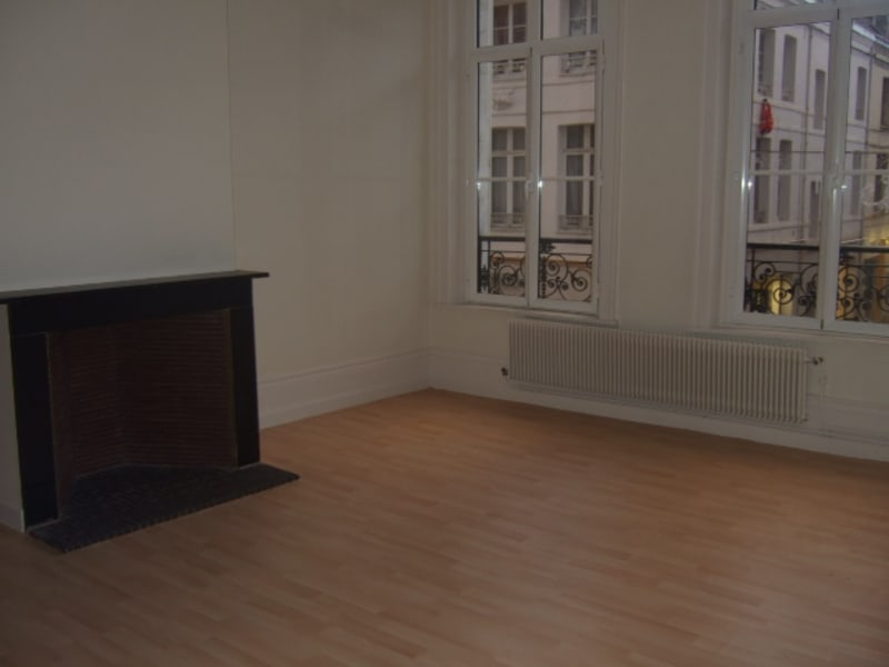 Location appartement Saint omer 428€ CC - Photo 3