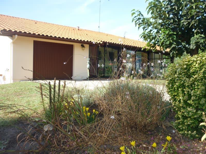 Sale house / villa Commensacq 166500€ - Picture 1