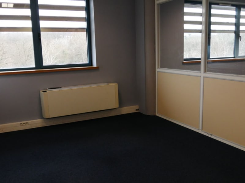 Rental office Lissieu 847,33€ HC - Picture 5