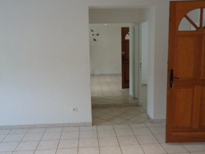 Rental apartment Livry gargan 879€ CC - Picture 4