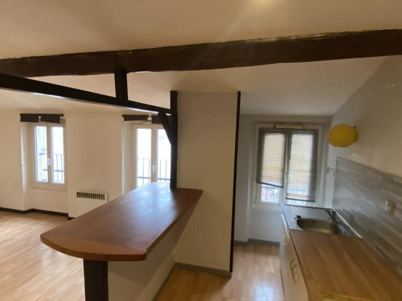 Location appartement Gonesse 860€ CC - Photo 1