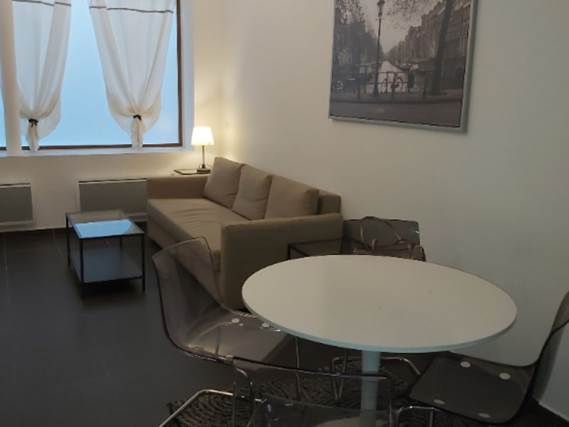 Rental apartment Paris 2ème 2 212€ CC - Picture 2