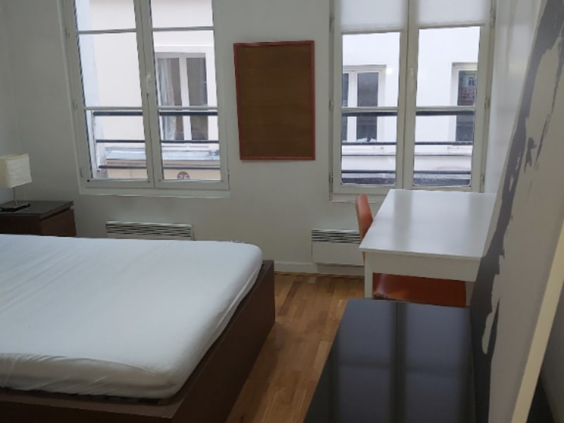 Rental apartment Paris 2ème 2 212€ CC - Picture 8