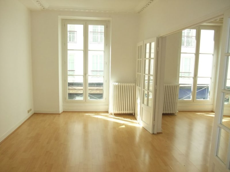 Location appartement Paris 8ème 3 300€ CC - Photo 5