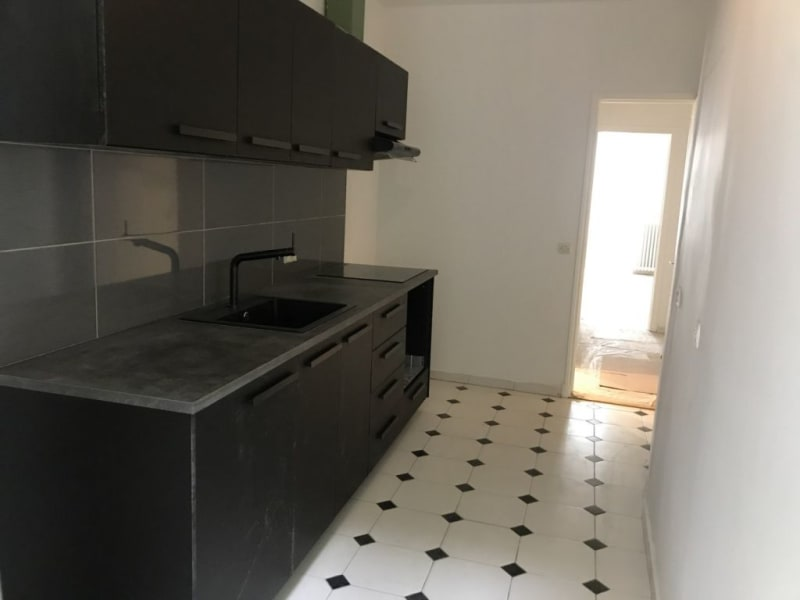 Location appartement Paris 8ème 3 300€ CC - Photo 8