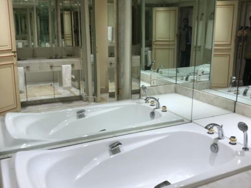 Location appartement Paris 8ème 20000€ CC - Photo 9
